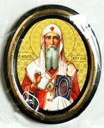 Макарий. Митрополит Киевский. Икона настольная малая, зол. кант, овал. (50 Х 65)