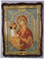 Троеручица Б.М., в фигурном киоте, с багетом. Храмовая икона (60 Х 80)