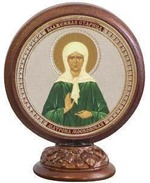 Матрона Московская. Икона настольная круглая на подст. малая, 7.5 Х 6,5 см.